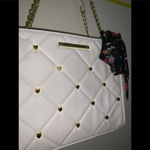 NWT Betsey Johnson Large White with Gold Hearts